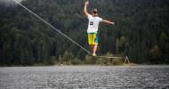 HD+ Testimonial Alex Schulz bricht seinen eigenen Weltrekord im Slacklinenüber Wasser (FOTO)