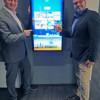 """Holiday Inn Düsseldorf – Hafen: interaktiv und innovativ im Dialog -Mit dem neuen Info-Board """"Monscierge"""" können Gäste in die digitale Welt eintauchen"""