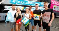 Deutsches Jugendherbergswerk steuert mit der ersten fahrenden Jugendherberge der Welt auf neuen Wegen (FOTO)