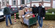 """Gelebte Stadtteilliebe – das east tritt dem Verein """"Lebendiges Kulturerbe St. Pauli e. V."""" bei und unterstützt das """"CaFée mit Herz"""" mit einer Kleiderspende für Obdachlose auf St. Pauli (FOTO)"""