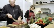 Kochschule der FSGG lädt zu Expeditionen in die Welt der Kulinarik ein – Achterath's Erfolgsrezept: Einfach, lecker, gut