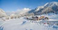 Alleen bergen en natuur, waar je ook kijkt: en te midden daarvan, op een afgelegen locatie, een nieuw alpine toevluchtsoord