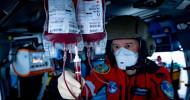 ADAC Luftrettung fliegt mit Blutkonserven an Bord / Pilotprojekt mit Bundeswehrkrankenhäusern in Ulm und Koblenz / Erkenntnisse Grundlage für bundesweite Einführung / Schwerverletzter E-Biker gerettet (FOTO)