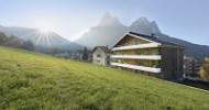 Höhenluft und Blumenduft Entspannen in den eigenen vier Urlaubswänden  am Fuße der Dolomiten