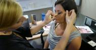 Stilvolles X-Mas Make-up für wintergepflegte Haut