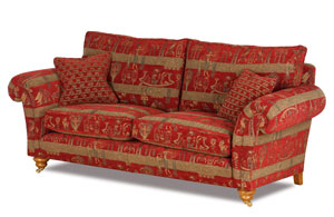 echt britisch und gem tlich die neuen landhaus sofas von. Black Bedroom Furniture Sets. Home Design Ideas